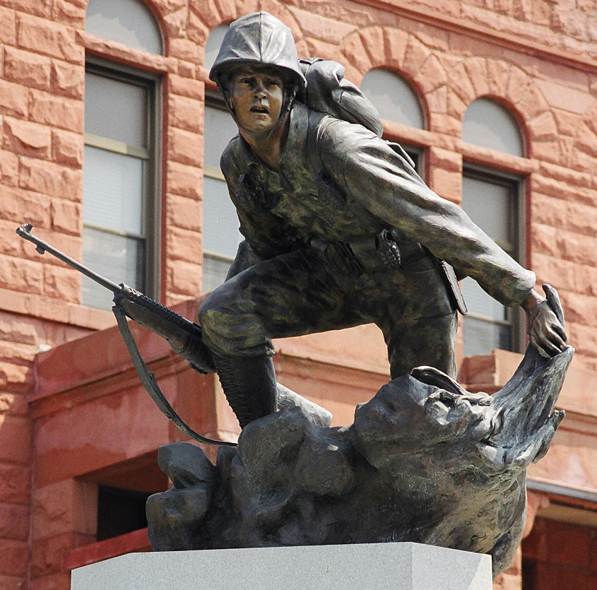 Warren County War Memorial bronze sculpture by Colorado artist Greg Todd